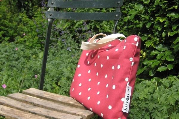 Stranddecke mit Tasche